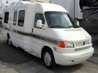 Image of a Well Maintained 1998 Winnebago Rialta