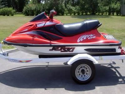 Image of a beautiful red 2000 Kawasaki Waverunner for sale