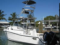 Image of 2002 Mako 313 express for sale