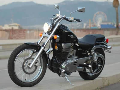 Image of a beautiful 2006 Suzuki Motorcycle for Sale
